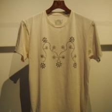 M エム / crew neck t-shirts (M×HTC studs) used white
