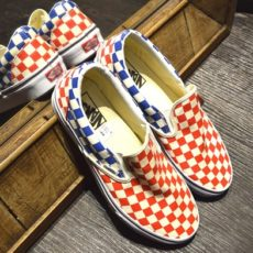 VANS(バンズ) スニーカー / Classic Slip-On (CHECKERBOARD) RED/BLUE